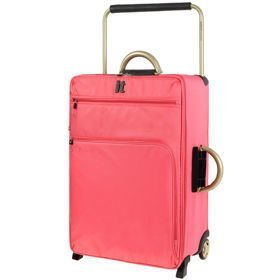 IT Luggage World's Lightest Sunkist Coral średnia walizka